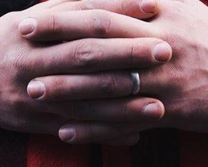 buying mens wedding rings online